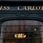 Miss Carlota s'encanaille Rive Gauche
