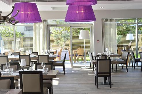chateau-Tourelles-restaurant