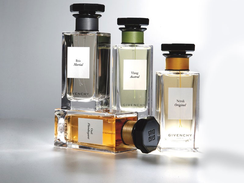 l 39 actu spa bien etre blog archive givenchy signe des parfums haute couture. Black Bedroom Furniture Sets. Home Design Ideas