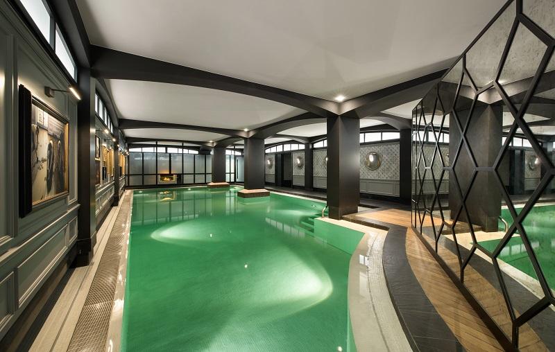 spa-diane-barrière-paris-piscine